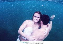 underwater-photography_093 (holladayphoto) Tags: trash dress engagementphotos weddingphotographer engagementphotography hawaiiwedding hawaiiengagement