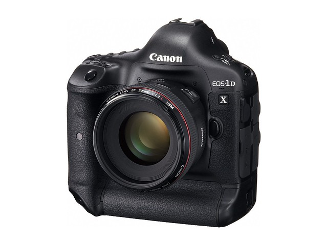 Canon EOS-1D X (Front)