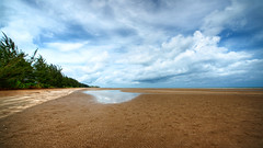 #850C4583- Clouds and Sand (Zoemies...) Tags: sea beach nature clouds landscape pantai balikpapan ambalat zoemies