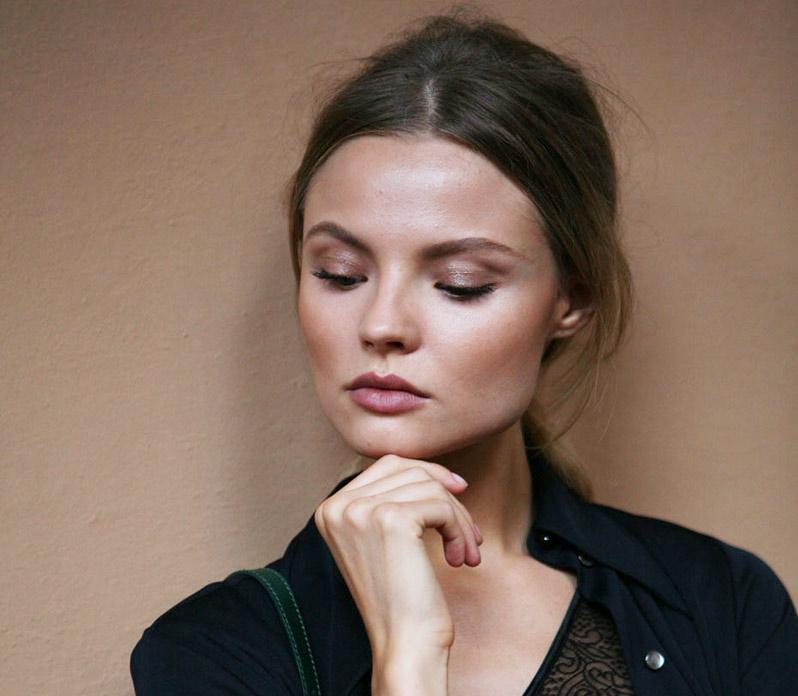 Magdalena Frackowiak makeup