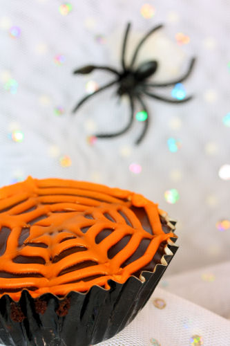 spider web cupcake 3288 R