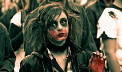 IMG_3604 (Meian') Tags: paris walking dead death blood zombie walk mort makeup gore rotten sang maquillage pourri meian 2011 putrefi putrify