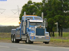 photo by secret squirrel (secret squirrel6) Tags: blue rescue trucks towtruck recovery secretsquirrel kw kenworth wrecker gunns bigrigs durkins ruralaustralia morwell t900 roundtanks aussietrucking worldtruck secretsquirrel6truckphotos