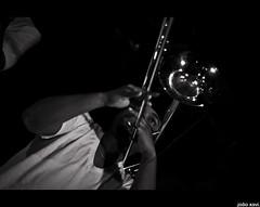 (.joao xavi.) Tags: show music usa chicago black live preto eua musik msica bras sopro orquestra hypnoticbrassensamble