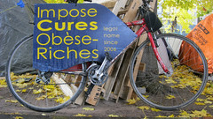 Impose Cures (Factotumm) Tags: squarevictoria occuponsmontreal occupymontreal