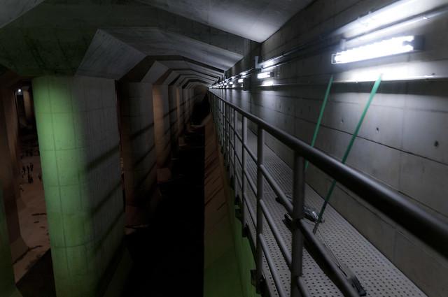 首都圏外郭放水路「地下神殿」