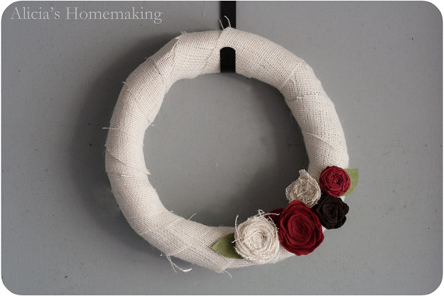 DIY burlap flower wreath