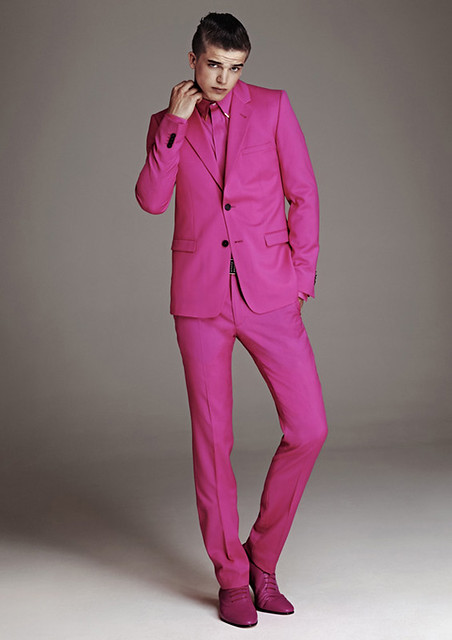versace-x-hm-mens-collection-pink-suit-shirts-shoes