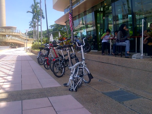 3 polygons,one dahon,one strida,one rocky and one brompton by Adibi