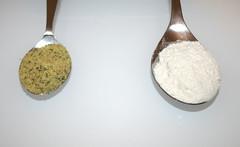 07 - Zutat Mehl und Gemüsebrühe