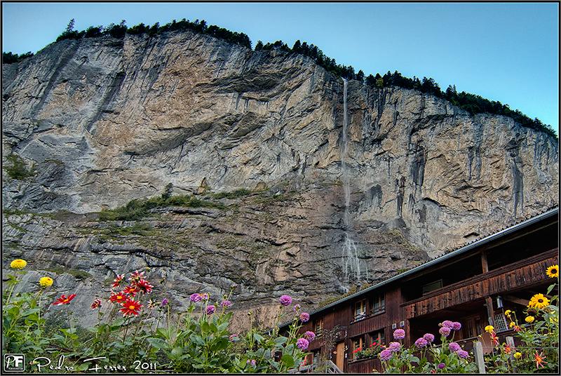 Suiza - El pais de las cascadas (y de las flores) - Lauterbrunnen - Staubbachfälle