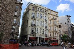 Istanbul (Dennis Deng) Tags: city urban turkey asia europe downtown turkiye istanbul trkei bosporus