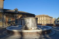 "Pincio, Fontana della Vasca • <a style=""font-size:0.8em;"" href=""http://www.flickr.com/photos/89679026@N00/6249811684/"" target=""_blank"">View on Flickr</a>"
