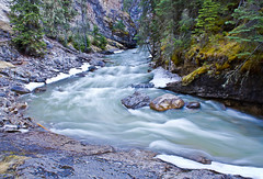 Johnston  Canyon - Banff National Park (E5CO3AR) Tags: canada river nice alberta banffnationalpark johnstoncanyon canont2i