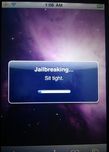 iPhone jailbreak software