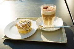 Latte Macchiato und Himbeer Muffin (Christian Passi - Steher82) Tags: und muffin latte dortmund macchiato hörde himbeer
