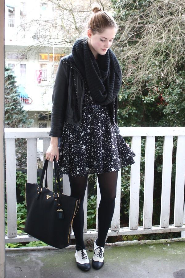 renee sturme fashionfillers star print dress asos prada bag blog