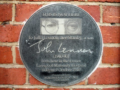 Photo of John Lennon and Julia Lennon black plaque