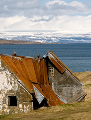 Away from the city...lots of privacy...needs some repair... (Danil) Tags: house landscape iceland ruin roadtrip glacier fjord peninsula landschap vestfirir westfjords isafjordur ringroad drangajkull safjrur ijsland