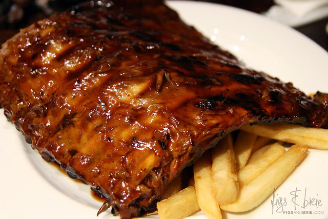 Half Rack Pork Ribs, Hurricanes Bar and Grill