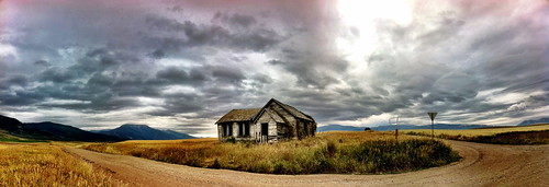 "Abandoned House - Swan Valley, Idaho • <a style=""font-size:0.8em;"" href=""http://www.flickr.com/photos/20810644@N05/6311346811/"" target=""_blank"">View on Flickr</a>"