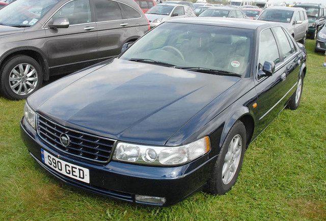 auto blue car seville cadillac 1998 parked rare v8 goodwood revival sts s90ged