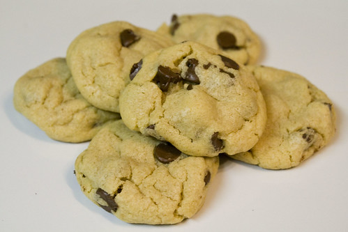 Puffy Peanut Butter Chocolate Chip Cookie Recipe