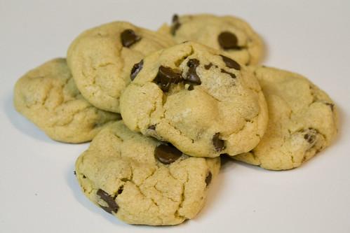 Puffy Peanut Butter Chocolate Chip Cookie Recipe
