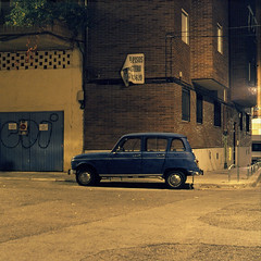 (Andrs Medina) Tags: madrid auto urban 6x6 film night spain renault4l coslada bronicaectl autaut