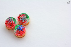 Snow Time, Welcome :*) ! ( SUMAYAH ) Tags: snow cup cake canon eos time 550d sumayah