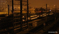 Train in the autumn night (Amsterdam RAIL) Tags: train zug lille trein sncf commutertrain treinstel 2n z2n ruedebellevue dubbeldekstreinstel