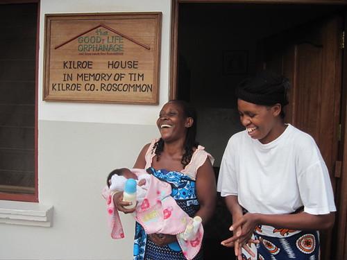 Mama Tuta & Auntie Mapenzi welcome the baby