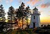 DGJ_4354 - Walton Harbour Lighthouse (archer10 (Dennis) 125M Views) Tags: lighthouse canada nikon bravo novascotia harbour free bayoffundy dennis jarvis walton d300 iamcanadian 18200vr freepicture 70300mmvr dennisjarvis archer10 dennisgjarvis wbnawcnns gooscaptrail