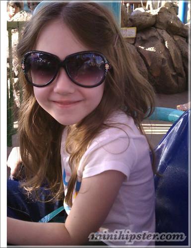 Scarlett... MiniHipster.com: kids street fashion (mini hipster .com)
