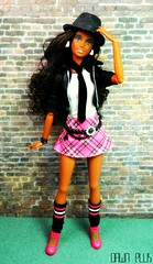 LMV Teens Fall Fashions: Gwen (Dawn Ellis) Tags: doll barbie blackdoll blackbarbie blackdolls aabarbie teenscene dolldiorama barbieteennikki