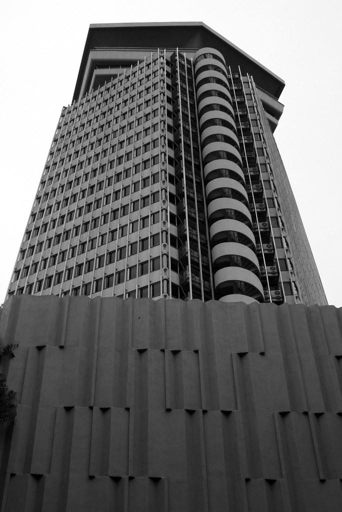 edificio coln colon building barcelona javier ortega figueiral tags