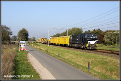 Zevenaar, 24-10-2011 (Mark Rail) Tags: rts zevenaar g2000 mrce pm1000 52062 swietelsky railtransportservice 5001607