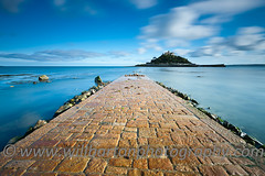 St Michael's Mount, Marazion - Cornwall (Inspired Light Images) Tags: longexposure england cornwall bluesky blurred lee causeway stmichaelsmount marazion gbr fluffyclouds neutraldensity 10stop 10stopnd bigstopper lee10stopnd
