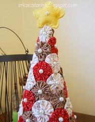 Árvore de natal fuxiqueira (Ei menina! - Érica Catarina) Tags: natal fuxico tecido árvoredenatal
