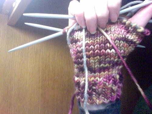 oct siac mitten by gradschoolknitter
