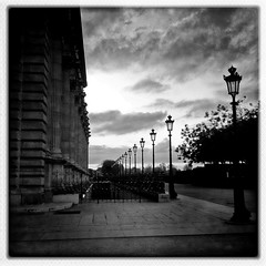 Jardin des Tuileries * Paris (sistereden2) Tags: square nb iphone4 hipstamatic