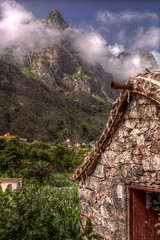 Traditoinal House of Cape Verde (pbr42) Tags: cloud house mountain architecture peak hdr capeverde santoantao qtpfsgui
