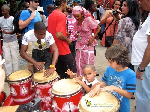 Drumming Boys - Callejon de Hamel - Havana Cuba