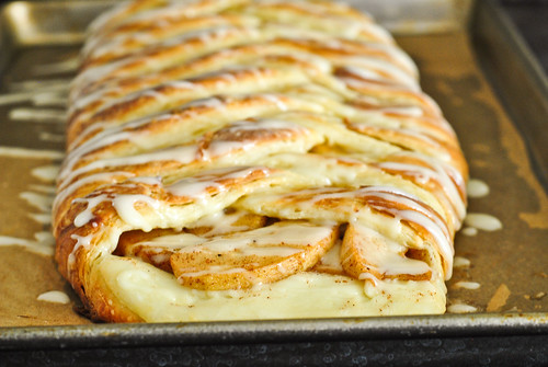 spiced apple danish braid