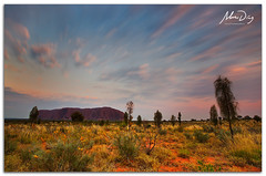 Uluru morning (alonsodr) Tags: longexposure paisajes landscapes sony australia filter uluru alpha alonso graduated northernterritory ayersrock carlzeiss filtro largaexposicin degradado a900 alonsodr nd1000 gnd8 alonsodaz alpha900 cz1635mm