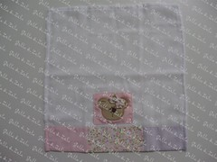 Babinha (Golla & Zolla) Tags: patchwork fralda fraldinha babinha patchcolagem fraldadeboca fraldadeombro patchaplique