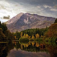 GLENCOE LOCHAN (kenny barker) Tags: morning autumn nature square landscape lumix scotland bravo glencoe lochan rockpaper glencoelochan saariysqualitypictures panasonicg1 kennybarker