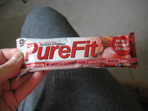 Pure Fit Berry Almond Crunch bar