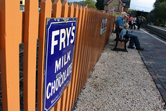 Waiting for a train (Kninki) Tags: fence bench platform svr arley severnvalleyrailway boychild frysmilkchocolate