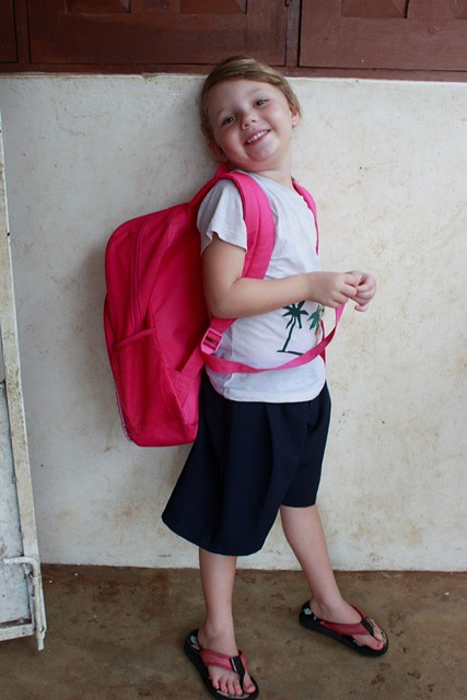 anni off to school